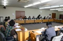 H22.12.20 女性部会 理事会 (8)